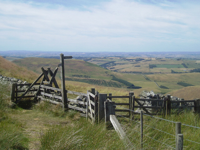 Stile and gate on Pennine Way