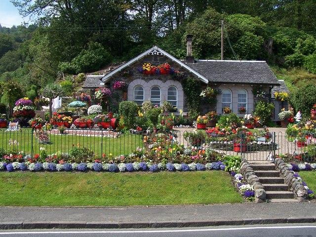 Luss, Cottage at  Aldochlay