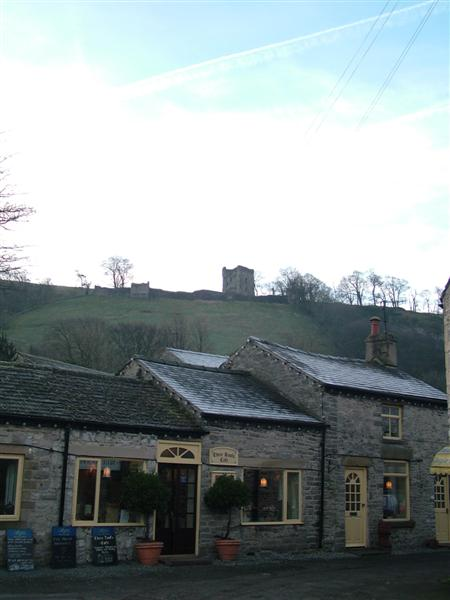 Castleton Shops and Peveril Castle