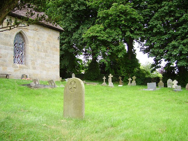 Doddington Churchyard