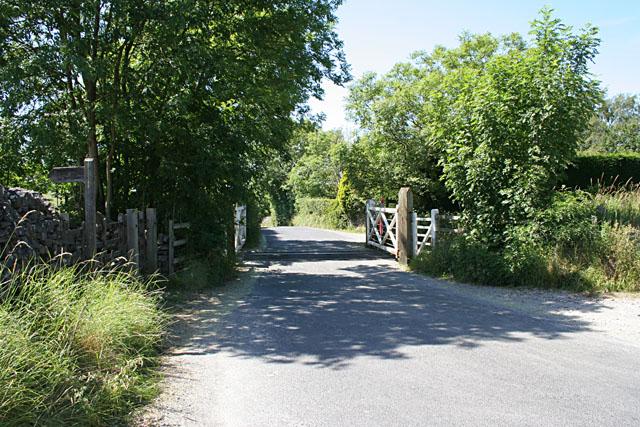 Level crossing between Hetton and Cracoe