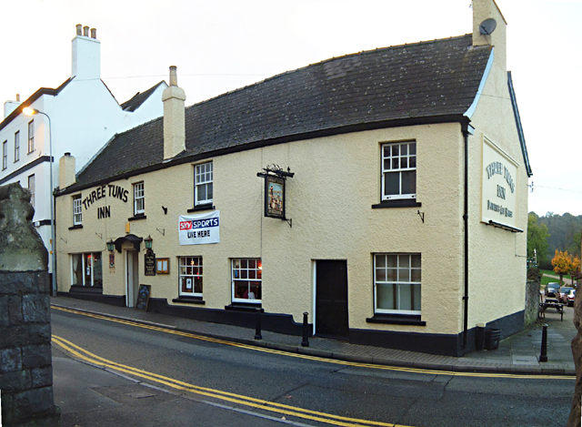 Chepstow - The Three Tuns Inn