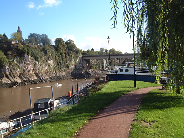 Chepstow - Path along The Back