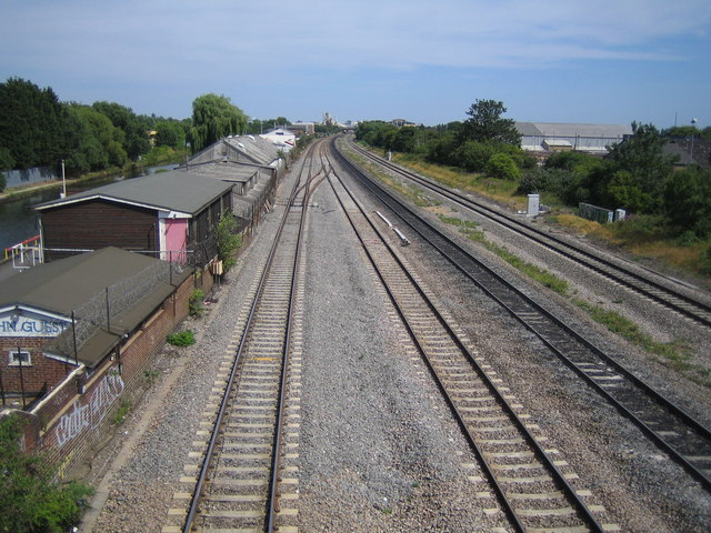 Yiewsley: Main line railway