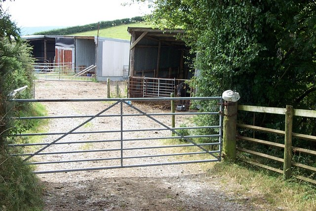 Llidiart Mynydd farm yard entrance