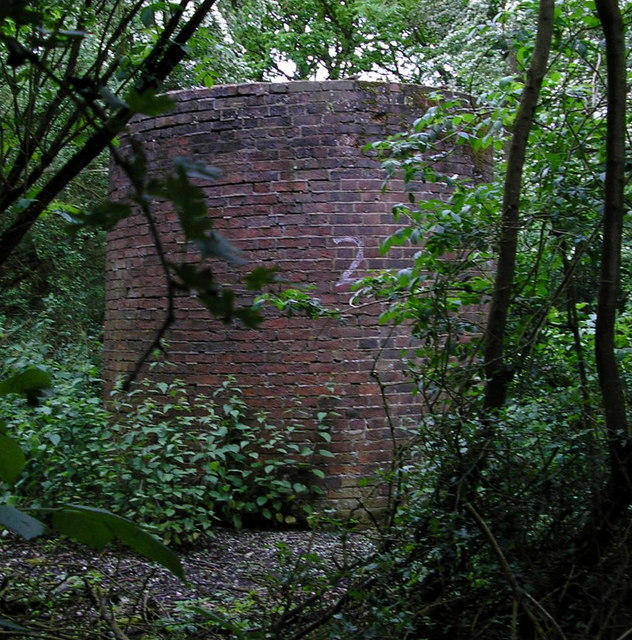 Air shaft of Bletchingley Tunnel