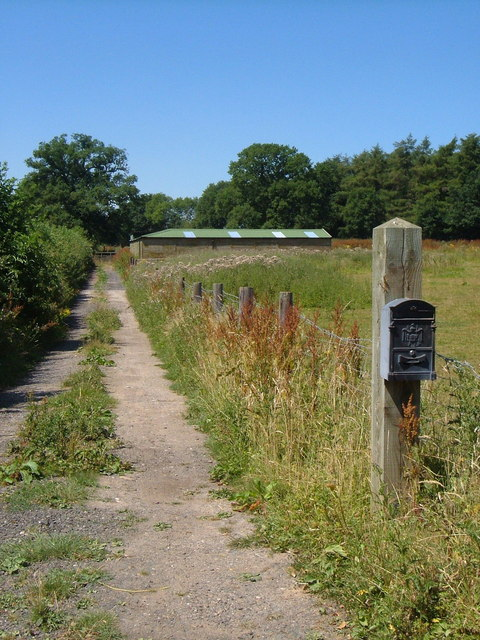 Path from Chillington Lane