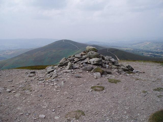 Summit cairn, Moel y Gamelin