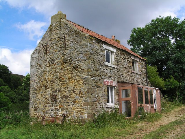 Empty house at Low Gill