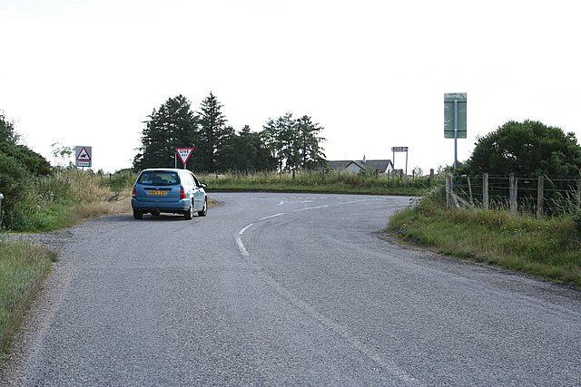 Turn left for Balablair, right for Beauly.