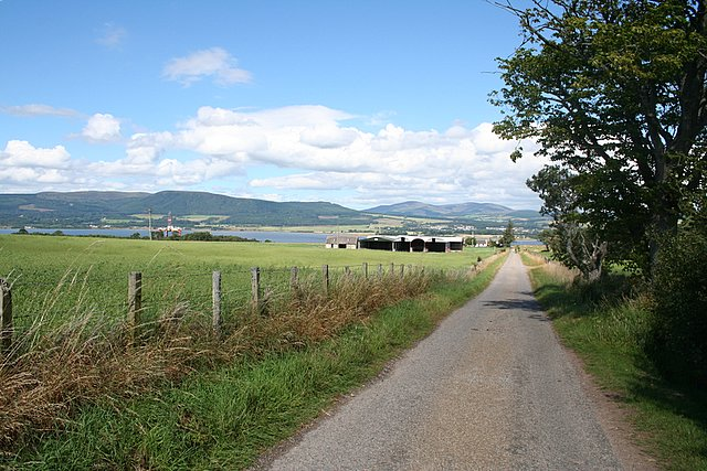 The road to Alnessferry.