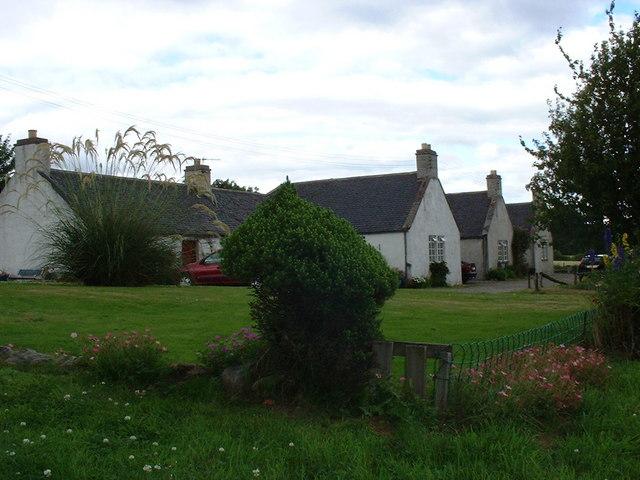 Ardullie farm cottages