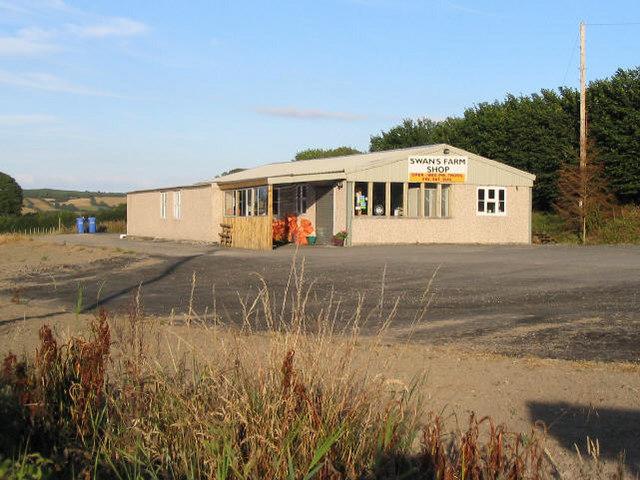Swan's farm shop, Treuddyn