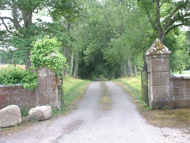Gateway to Ryefield House