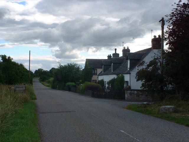 Dun Eidin house and entrance to Alcaig farm