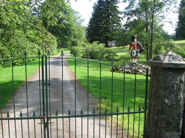 The driveway to Forrest Lodge