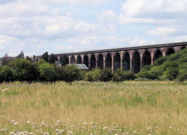 Railway viaduct Nr Frodsham