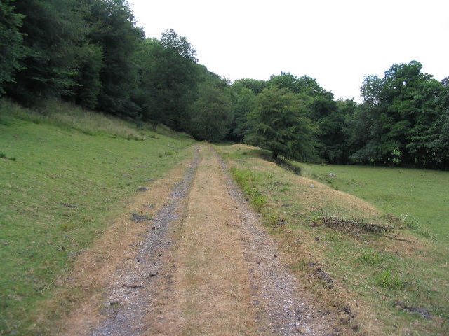 Dismantled railway line, Ffrith