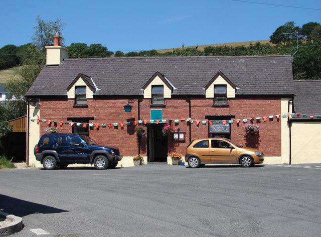 Farmers Arms, Llanfihangel-y-Creuddyn
