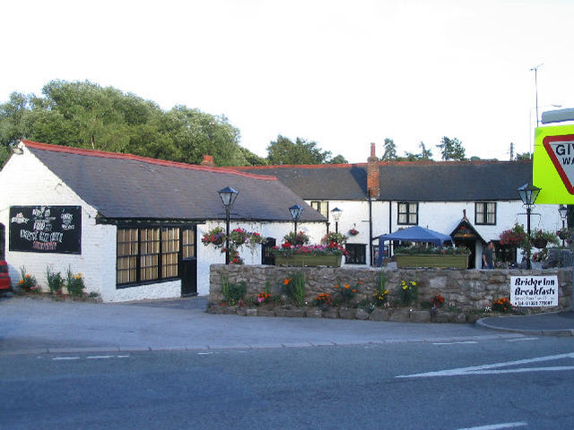 The Bridge Inn, Pontblyddyn