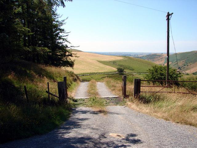 Entrance to Blaen Cwm-Magwr
