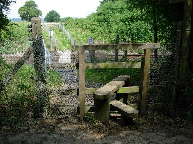 Footpath across railway line
