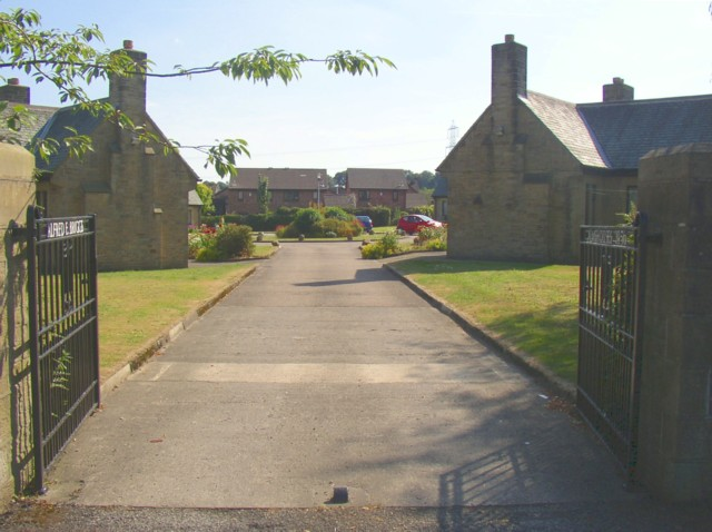 Almshouses, Abb Scott Lane, North Bierley
