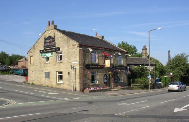 The Prince of Orange Inn, Cooper Lane / Carr House Road (A6036), Shelf