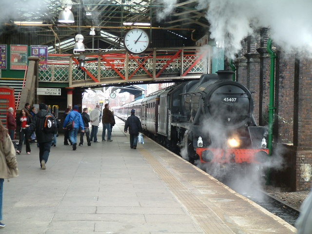 Chester, steam train arriving