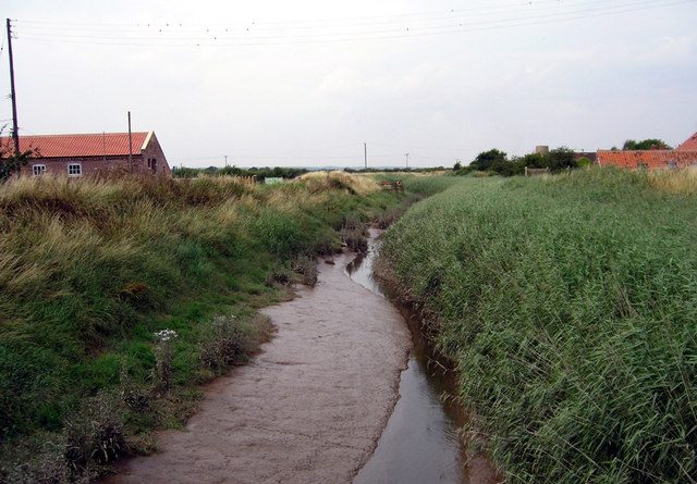Barrow Haven - The Beck - Looking Downstream