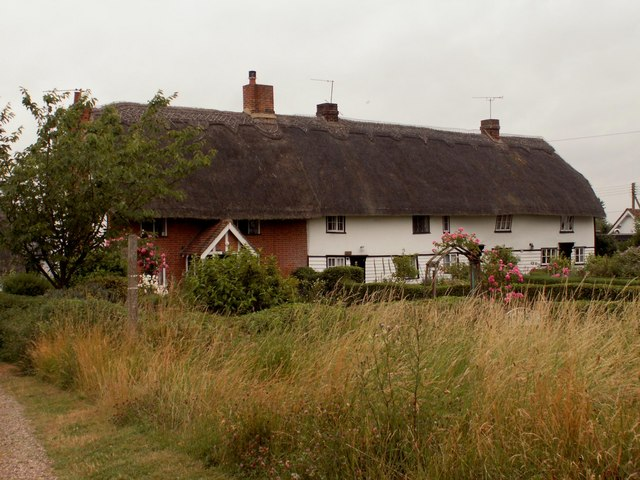 Thatched cottages at Upper Green, Langley, Essex