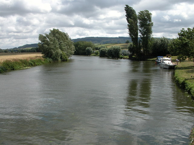 River Avon from Eckington Bridge