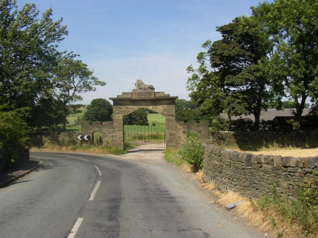 The Lion Gate, Stanage Lane, Shelf