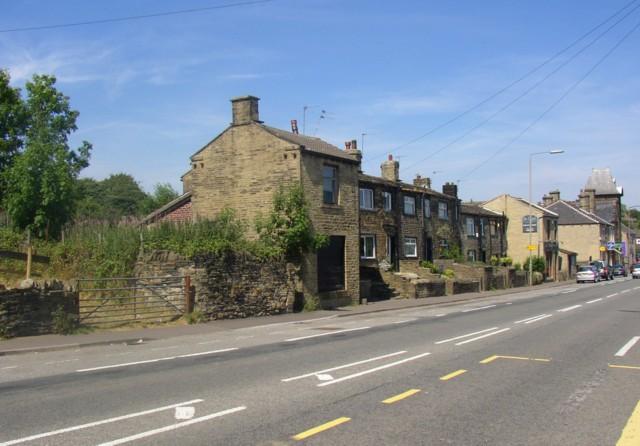 Wade House Road (A6036), Shelf