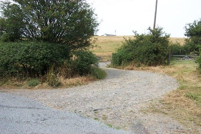 Road junction near Bryniau Gleision