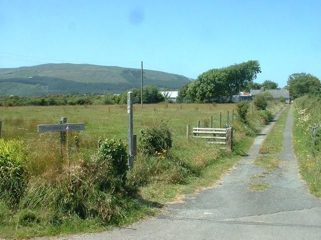 Lane to Ty'n Rhos Neigwl
