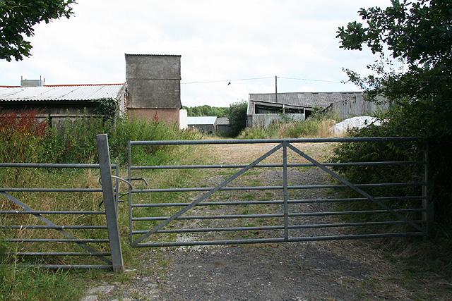 Sampford Courtenay: poultry farm