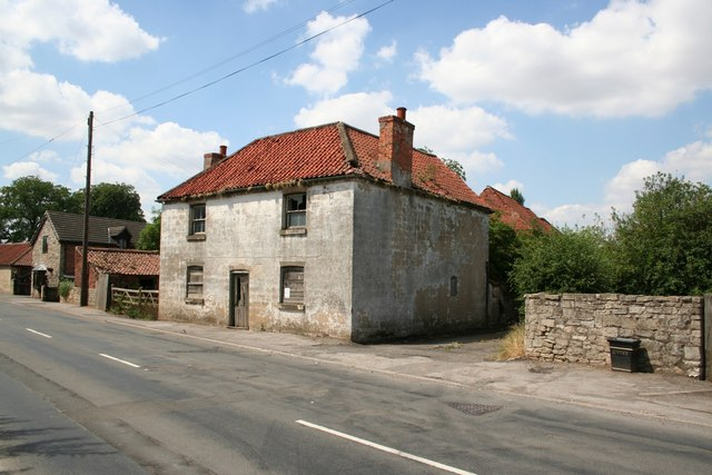 Derelict Farmhouse on Main Street Styrrup