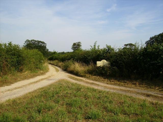 Track junction west of Marton-le-Moor