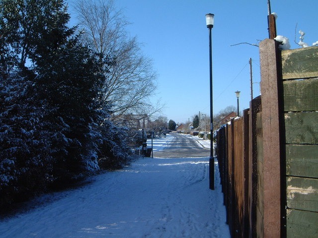 Clear March day looking down Petercroft Lane