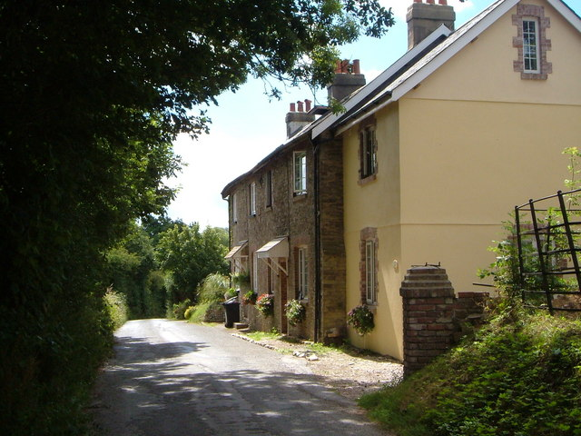 Cottages near Yetsonais Park Farm