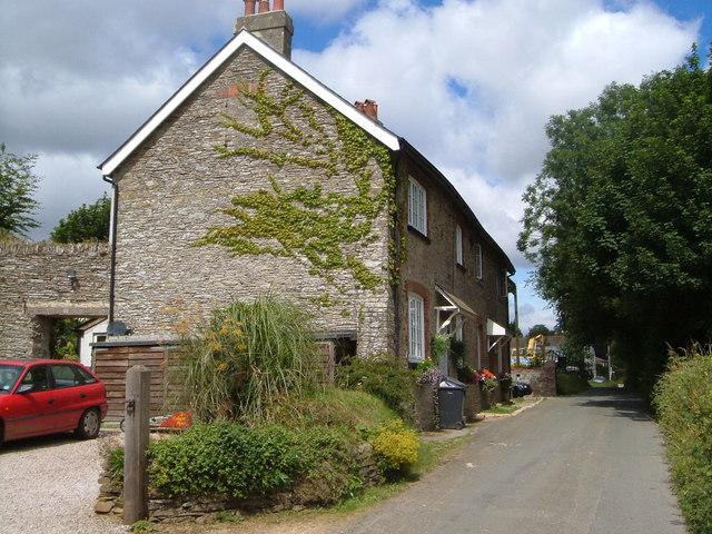 Cottages near Yetsonais Park Farm