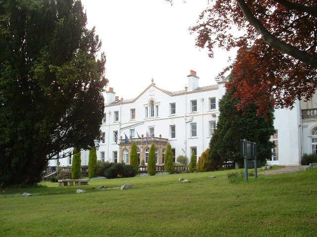 Court Colman Hotel