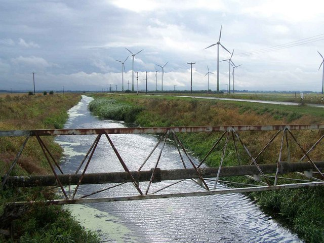 Trusthorpe Drains and the Wind Farm
