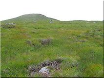 NN4361 : The lower slopes of Sron Leachd a' Chaorainn by Chris Wimbush