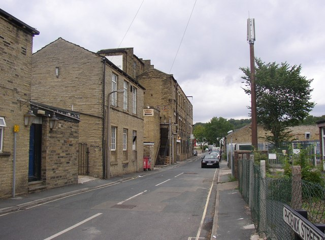Phoenix Street, off Mill Lane, Brighouse
