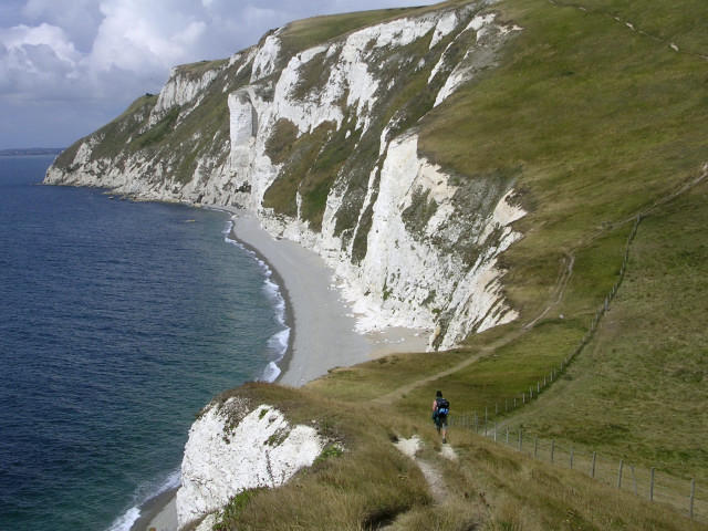 Coastline between Middle Bottom and White Nothe