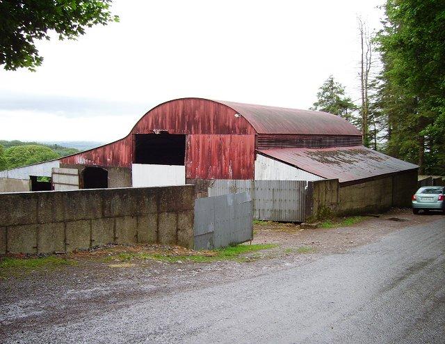 Barn and lean-to , Kilcash © Richard Webb cc-by-sa/2.0 ...