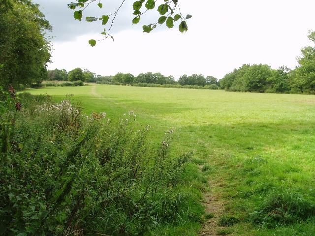 Footpath across the fields from lake