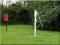 TL7634 : Village pump at Highstreet Green, near Sible Hedingham, Essex by Robert Edwards